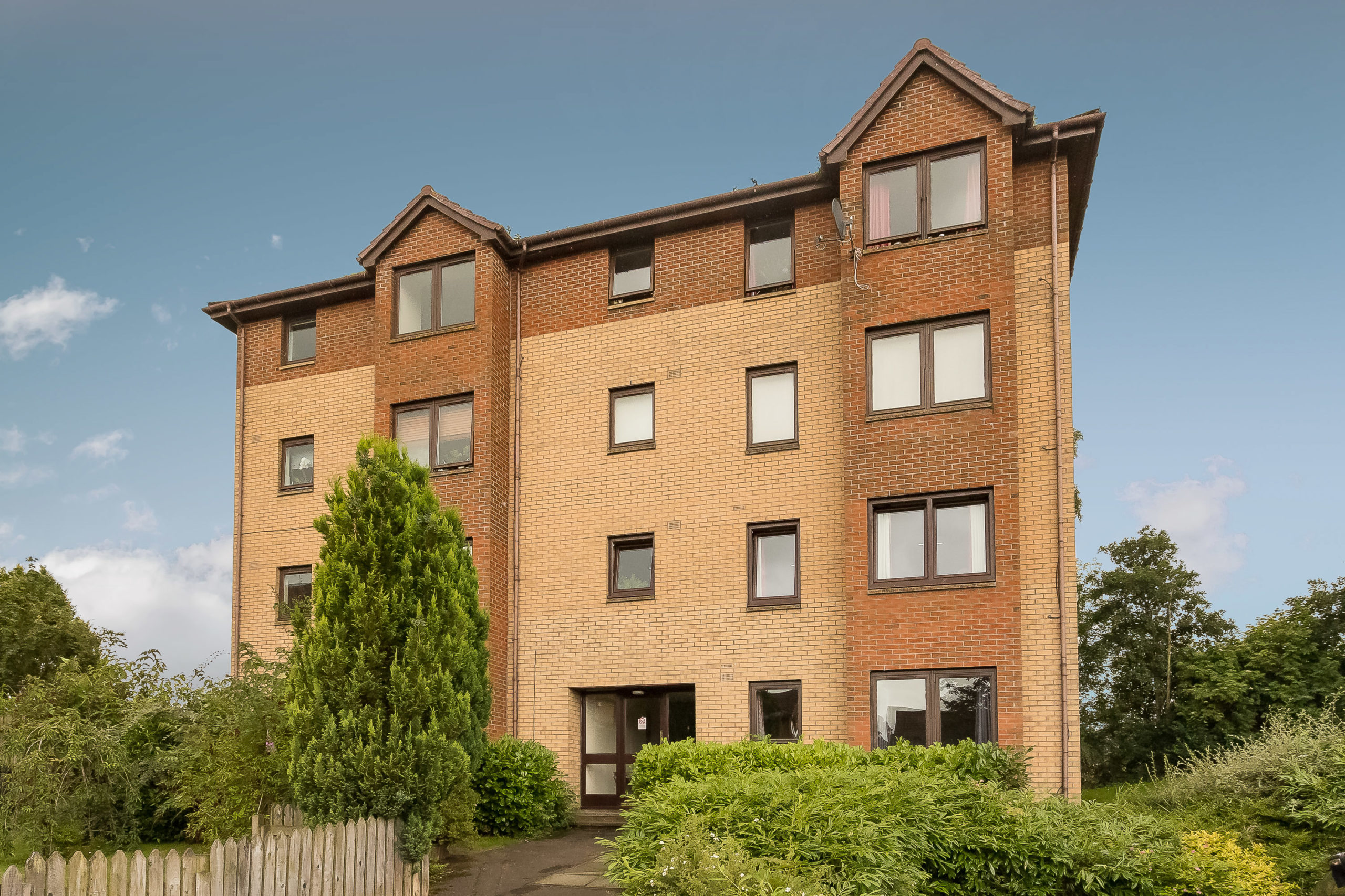 2 Bed Third Floor Flat – 47 Duncansby Way, Perth