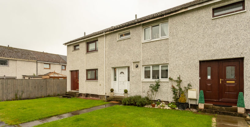 3 Bed Mid Terraced House – 186 Bute Drive, Perth, PH1 3DS