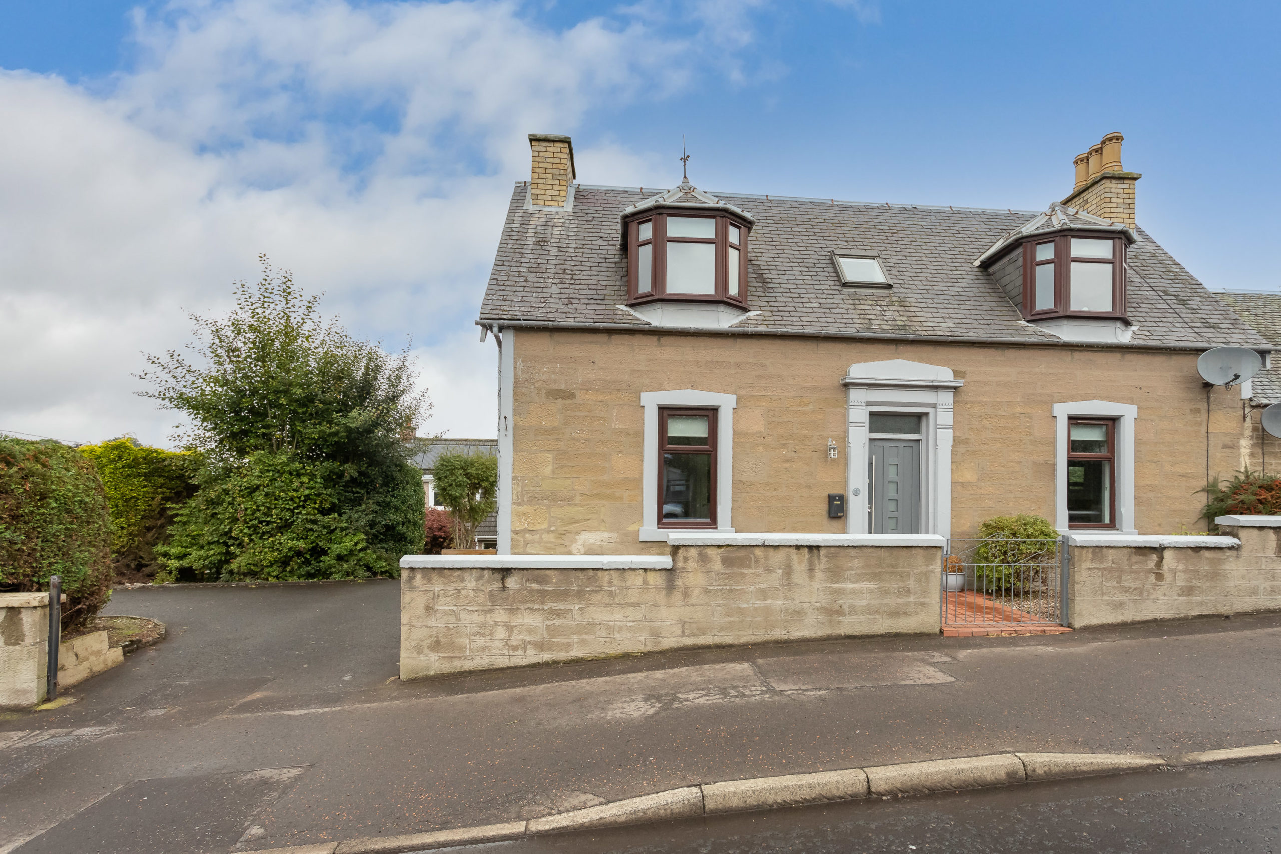 3 Bed End Terrace Cottage – 59 Angus Road, Scone